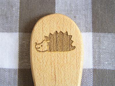 画像1: 【廃版セール】こまさんのおやつスプーン&フォーク ハリネズミ
